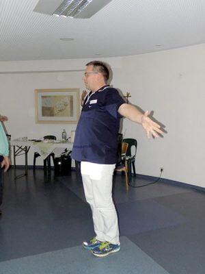 Thomas Kneese, Physiotherapeut bei der Gymnastik.
