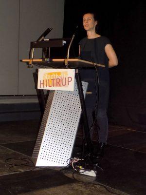 Logopädin Julia Schwarze gibt Tipps wie Schluckstörungen und Speichelfluss positiv beeinflusst werden können.