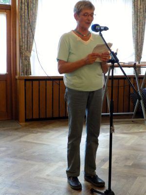 Margret Hartwig ließ Witze vom Stapel.