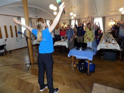 aktive Gymnastik passend zum Thema...