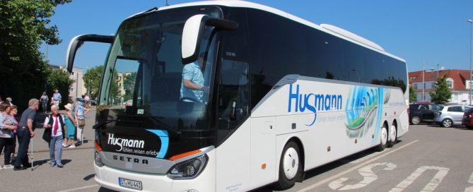 Unser Bus mit Fahrer Gennadij