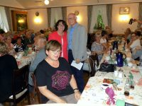 Reiner Krauße bedankt sich bei Claudia-Bögel-Hoyer, Bürgermeisterin der Stadt Steinfurt, für ihr Grußwort