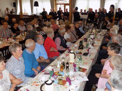 Der Shanty-Chor SSG Stormvogel-Steinfurt lädt zum Schunkeln ein