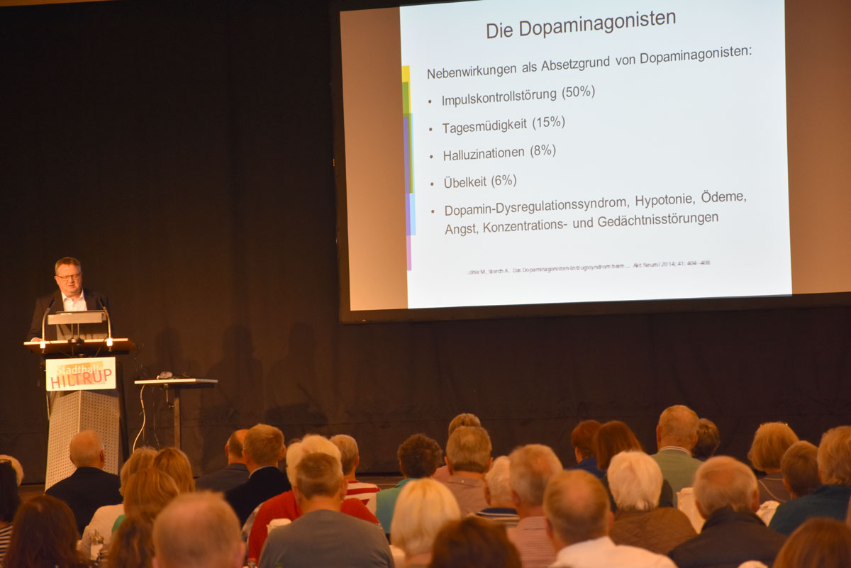 Dr. Ohms beleuchtet schwerwiegende Nebenwirkungen von Parkinson-Medikamenten.