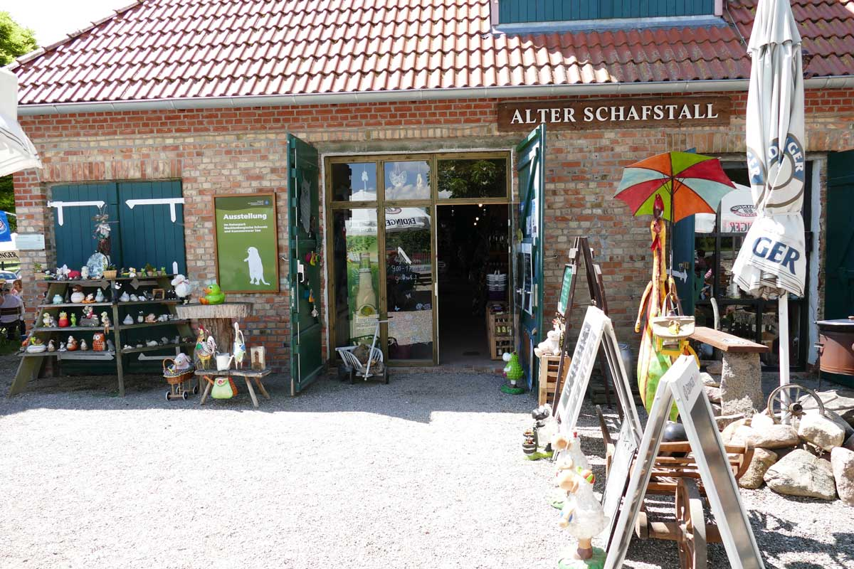 """Alter Schafstall"" in Basedow"
