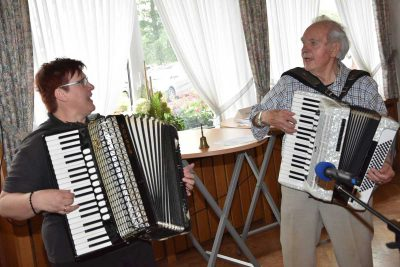 Musiker mit Akkordeon