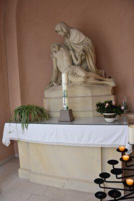 Kerze in der Kapelle